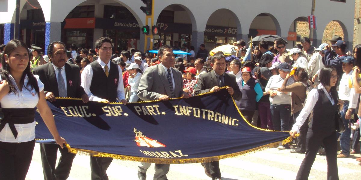 Desfile Infotronic